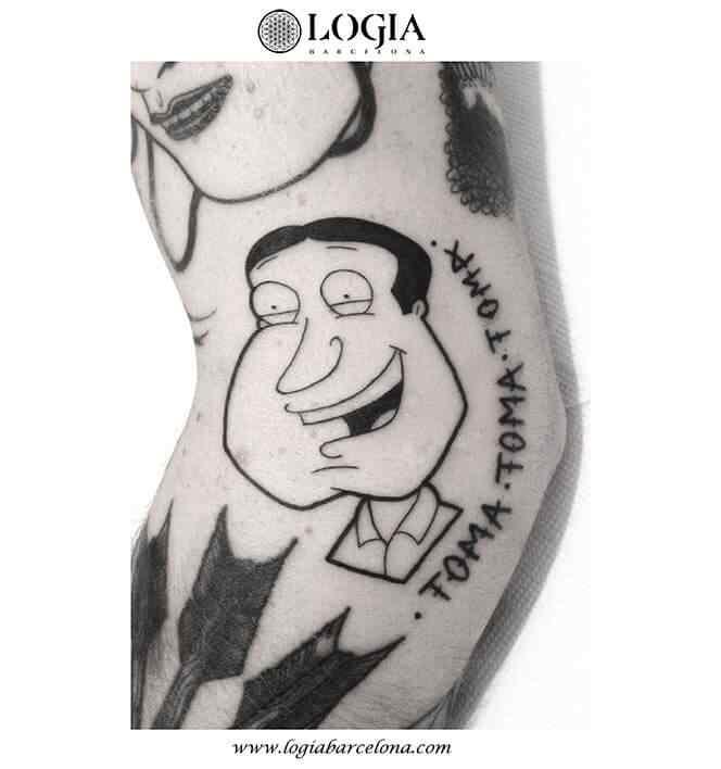 tatuaje-animacion-brazo-logia-barcelona-
