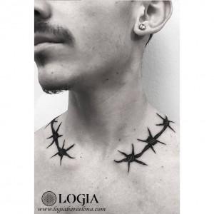 tatuaje-cuello-alambrada-moskid-logia-barcelona