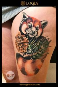 Tatuaje-color-zorro-pierna-logia-tattoo-Olya