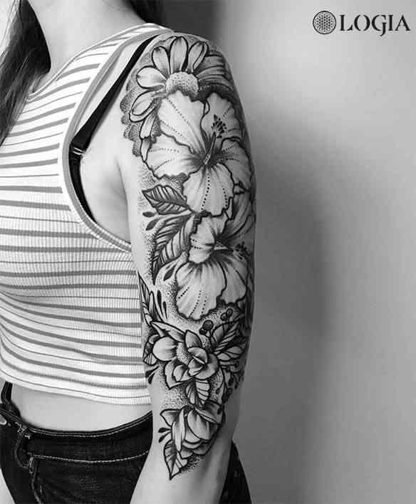 Trabajos Pablo Sequeira Logia Tattoo - Tatuajes-flores-brazo
