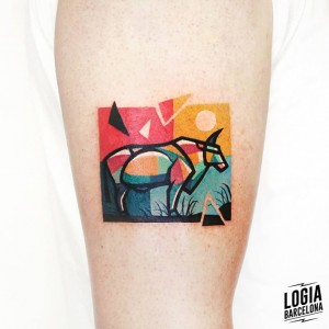 tatuaje_brazo_toro_color_logia_barcelona_polyc