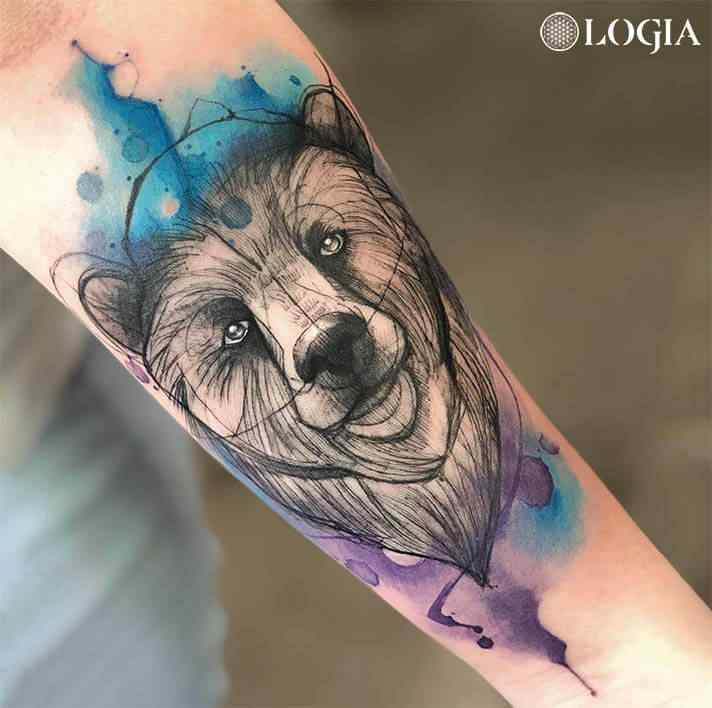 Tatuadora Renata Henriques Logia Tattoo