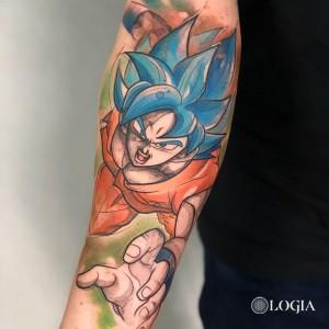 Tatuaje Son Goku en el brazo Rzychu
