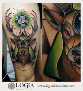tatuaje-pierna-ciervo-logia-barcelona-sauco