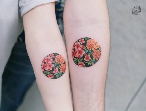 Tatuaje_brazo_pareja_Sion_Logia_Barcelona