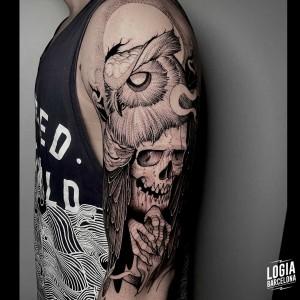 tatuaje_brazo_buho_muerte_logiabarcelona_sulsu