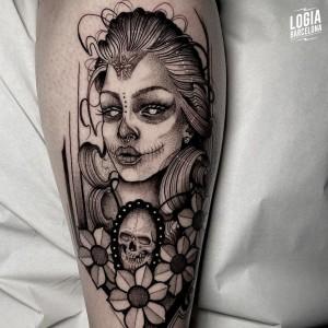 tatuaje_brazo_katrina_sulsu_logiabarcelona