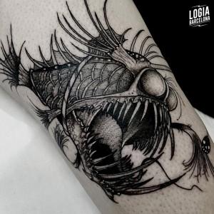 tatuaje_brazo_pez_abisal_sulsu_logiabarcelona