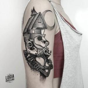 tatuaje_hombro_jack_Logia_Barcelona_dotwork_Sulsu