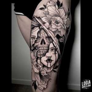 tatuaje_muslo_mujer_cara_calavera_logiabarcelona_sulsu