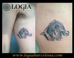 wallk-in tattoo elefante de origamio