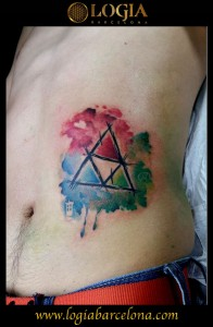 wallk-in tattoo triangulo