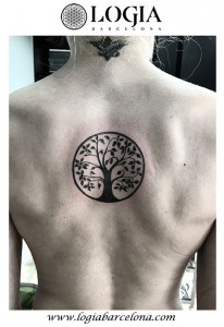 wallk-in tattoo arbol