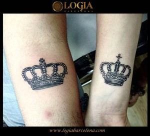 wallk-in tattoo coronas rey y reina