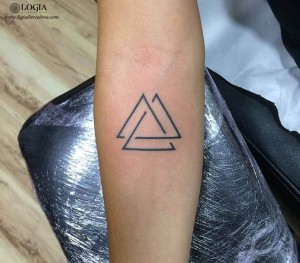 walk-in tatto triangulos