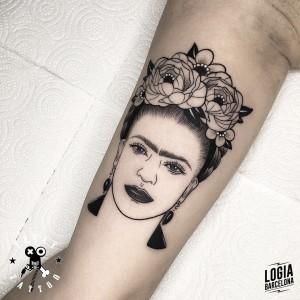 tatuaje_brazo_frida_kahlo_terry_logiabarcelona