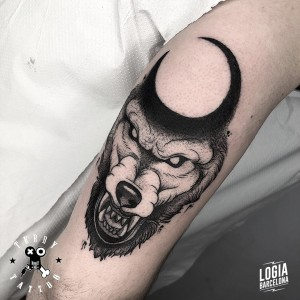 tatuaje_brazo_lobo_terry_logiabarcelona