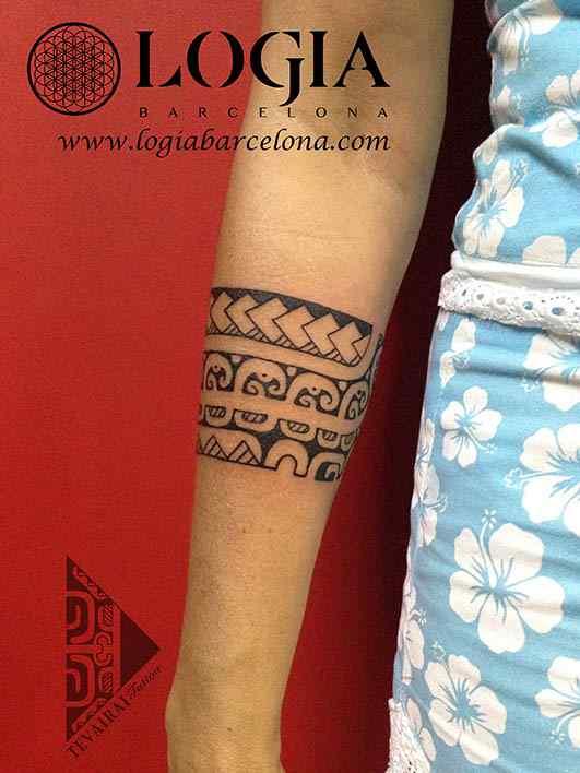 tatuaje brazalete maorí logia barcelona