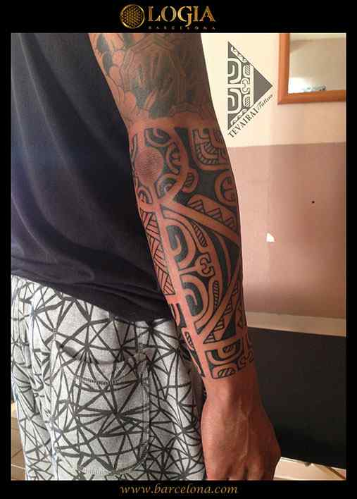 maori-tatuajes-logia-tattoo-tevairai-brazo-10