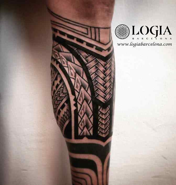 tatuaje-pierna-mahori-logiabarcelona-tevairai