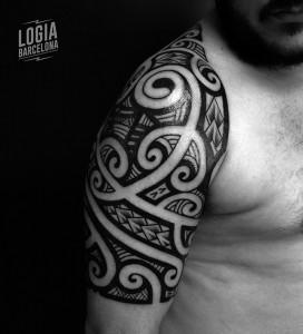 Tatuaje_Maori_Polinesian_Tevairai_Logia_Barcelona_01