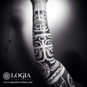 tatuaje-brazo-maori-Logia-Barcelona-Tevairai-03