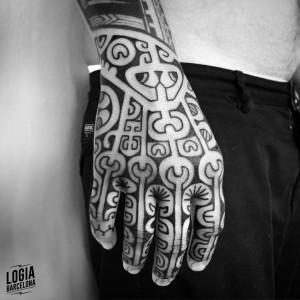 tatuaje_maori_mano_logiabarcelona_teivairai
