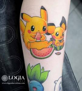 tatuaje-pierna-pikachu-tom-logia-barcelona