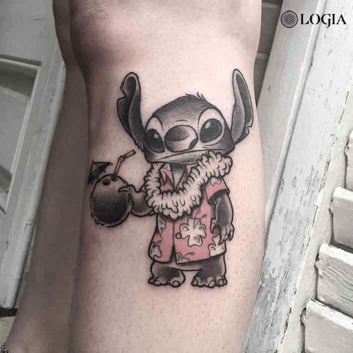 tatuaje-pierna-cartoon-logia-barcelona-victor-dalmau