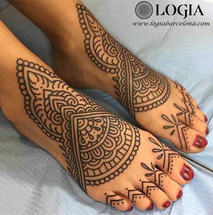 mandala toes tattoos