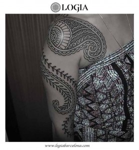tatuaje-brazo-mandala-ornamental-logia-tattoo-willian-spindola-2