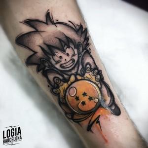 tatuaje_brazo_son_goku_dragon_ball_logia_barcelona_yeik
