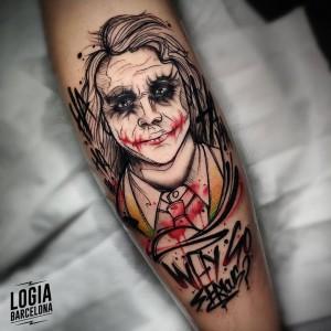 tatuaje_pierna_joker_logia_barcelona_yeik