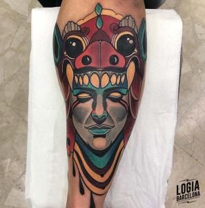 tatuaje_azteca_brazo_yer_tattoo_logia_barcelona