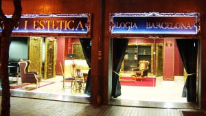 Logia-tattoo-barcelona_rotulo-relieve-con-Led