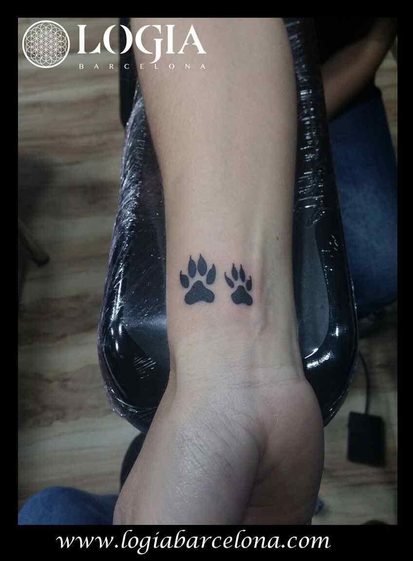 Tatuajes peque os encuentra tu dise o logia tattoo for Imagenes de estanques pequenos