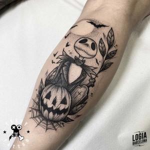 tatuaje_brazo_peadilla_antes_navidad_logia_barcelona_terry