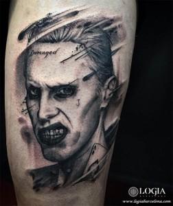 tatuaje-jared-leto-joker-pierna-logia-barcelona-zoen